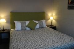 Refurbished-Bed